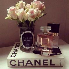 pink white roses, chanel book, chanel madam mademoiselle, personalised vases by bombardier designs Deco Pastel, Chanel Decor, Chanel Room, Deco Rose, Photo Deco, Coffee Table Books, Chanel Coffee Table Book, Beauty Room, My Room