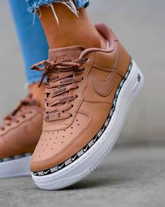 isapeppelmanx - Sun- # nike Source by The post isapeppelmanx ?- Sun- # nike appeared first on Kunex. Best Sneakers, Sneakers Fashion, Fashion Shoes, Shoes Sneakers, Nike Fashion, Women's Shoes, Sneakers Style, Cute Sneakers For Women, Girls Sneakers