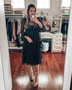 Feminine dress from H&M Cozy Winter Outfits, Spring Outfits, Feminine Dress, Feminine Style, Layering Outfits, Casual Outfits, Vogue Fashion, Fashion Beauty, Valentine's Day Outfit