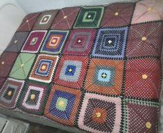 Quadrados(square) de crochet, colcha prontra.