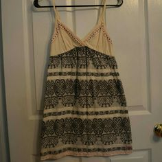 Pacsun Billabong Small Patterned Dress Size small from pacsun -- billabong brand -- really cute and comfortable -- slightly synched under bust PacSun Dresses