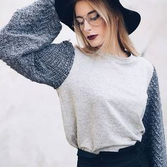 """Name it and i can make it.  Ft.The Gray Sweater + The """"Basica"""" pleated pants.#sweater #wool #oversized #sleeves #gray #fashion #handmade #pants #blackpants"""