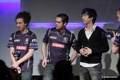 Stephano et Adelscott au LDLC Winter Trophy. Ils termineront respectivement 1er et 3ème du tournoi... #Starcraft #ownage