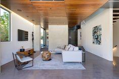 Split Housein California Offers Sustainable Summer - http://freshome.com/split-house-california/