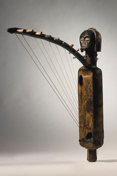 Africa | Anthropomorphic harp from the Fang people of Gabon or Equatorial Guinea | Wood | ca. 19th - early 20th century