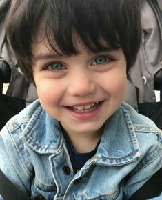 Find images and videos about baby, kids and children on We Heart It - the app to get lost in what you love. The Babys, Cute Baby Girl, Cute Boys, Baby Boy, Cute Little Boys, Little Babies, Little Ones, Cute Babies, Beautiful Children