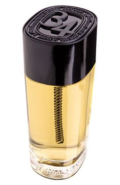 Diptyque 34 perfume. Musky, sassy scent. Good for winter
