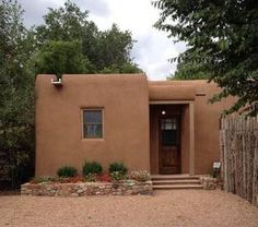 Mexican Casita House Plans Beautiful Casita Especial Casas De Santa Fe Of Mexican Casita House Plans Village House Design, Village Houses, Adobe Haus, Earth Bag Homes, Mud House, Santa Fe Style, Clay Houses, Desert Homes, Rammed Earth