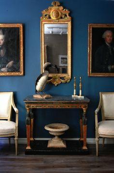 Federalist style - Mirror & Empire Console Table