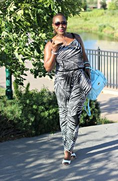 Black and White Jumpsuit! July 31, 2015 by Edwige 8 Comments (Edit)Black and White Jumpsuit!