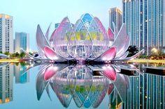 Cina: ecco il primo edificio a forma di fiore di loto