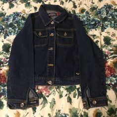 NEW LISTING  Roxy Jean Jacket Gently preloved, but still has a lot of life left  100% cotton ⛔️ NO TRADES, NO PAYPAL, NO MERCARI, NO HOLDS ⛔️ smoke free, pet free home  let me know if you have other questions  PLEASE MAKE OFFERS THROUGH THE OFFER BUTTON  Roxy Jackets & Coats Jean Jackets