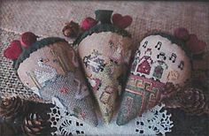 Erica Michaels 12 Berries of Christmas Part 3 Days). Models stitched over 2 threads on 35 Ct. Cocoa linen with Weeks Dye Works floss. Christmas Berries, 12 Days Of Christmas, Christmas Cross, Christmas Decor, Cross Stitch Finishing, Cross Stitch Kits, Cross Stitch Patterns, Modern Embroidery, Embroidery Patterns