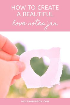 How to create a love notes jar + things to write in a love notes jar. Beautiful love notes jar ideas that make a thoughtful Valentines Day or Anniversary gift or an amazing gratitude practice for couples. // Creative Gift Ideas From The GRATITUDE JAR
