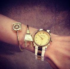 #bisutería #dorado #reloj #complementos #pulseras #girl #fashion #bracelets #chic #watch #salvadorbachiller #lovemoda #inspiration