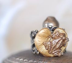 Ring Baby Frog and Lily Pad Antiqued Brass romantic cute sweet girl retro