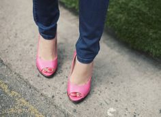 pink shoes and pedi