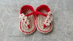 Crochet baby flip flop sandals with flower by xoxoTouchofLovexoxo