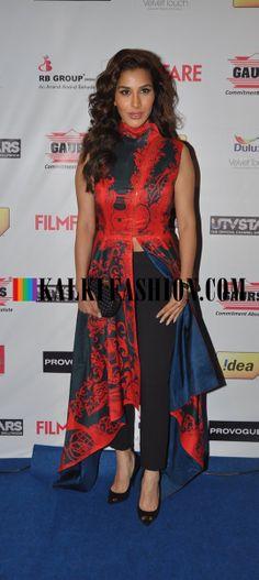 http://www.kalkifashion.com/ Sophia Chaudhary in Shantanu and Nikhil outfit at  Filmfare Awards Nomination Party 2014