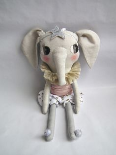 elephant in bloomers :: cloth & thread