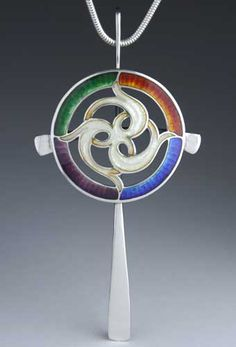 Triskelion with Year's Colors Enamel Jewelry, Jewelry Art, Jewelry Design, Jewellery, Sgraffito, Kristin Anderson, Vitreous Enamel, Grisaille, Celtic Designs