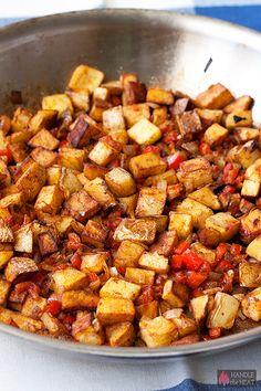 Home Fries Recipe - ultimate breakfast comfort food Breakfast Dishes, Breakfast Time, Breakfast Recipes, Breakfast Potatoes, Breakfast Ideas, Potato Dishes, Potato Recipes, Brunch Recipes, Dinner Recipes