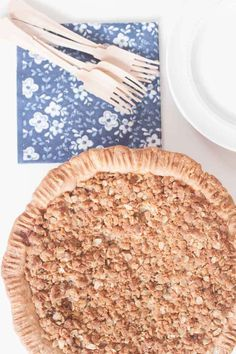 Quick and easy do-it-yourself Pies And Cobblers baking recipes for the best homemade treats. Apple Dessert Recipes, Apple Crisp Recipes, Baking Recipes, Delicious Desserts, Apple Crumb Pie, Apple Today, Apple Filling, Thing 1, Yummy Cakes