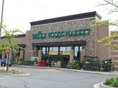 Whole Foods takes stand on GMO labels