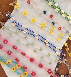 Seed Bead Jewelry, Bead Jewellery, Cute Jewelry, Funky Jewelry, Pulseras Kandi, Motifs Perler, Diy Necklace, Necklace Ideas, Bracelet Patterns