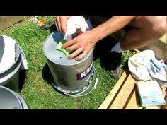 5 Gallon Bucket Gardening: Seven Ways to Reuse Plastic Buckets for Growing Food Tomato Planter, Tomato Garden, Vegetable Garden, Self Watering Containers, Self Watering Planter, Bucket Gardening, Container Gardening, Planting Vegetables, Growing Vegetables