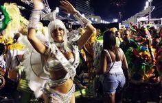 """Pharrell Williams """"Happy"""" - Carnival in Rio de Janeiro"""