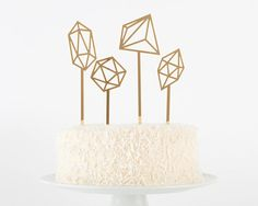 FESTIVAL BRIDES    Top Ten Buys: Smile-Inducing Wedding Cake Toppers