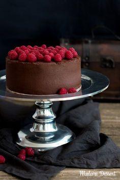 Death by Chocolate –Saftige Schokoladentorte mit Himbeeren