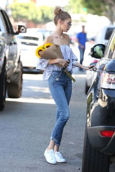 Model Style: Gigi Hadid In LA
