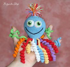 Радужный осьминог Олежка (развивающая игрушка, погремушка) - осьминог, осьминожка, вязаный осьминог Мастер-класс