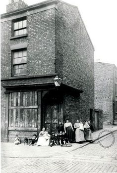 Old Photos of Liverpool, Maps and Liverpool History eBooks..... Prince Edwin Street L3