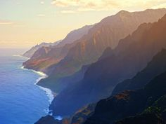 It actually makes me feel sick looking at this, cuz it was such a miserable hike for me haha I am not a hiker! but I don't regret it because it's just one of those things.. Napali Coastline, Kauai, Hawaii