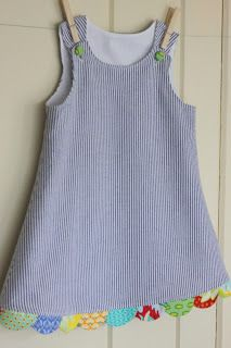 peppermint bee--seersucker a line dress with scalloped multicolored trim. So cute. From peppermint bee blogspot.