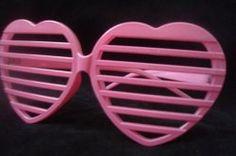Pink heart-shaped shutter shades Eighties Style, Retro Sunglasses, 80s Fashion, Shutters, Wayfarer, Shades, Heart, Pink, 1980s Style