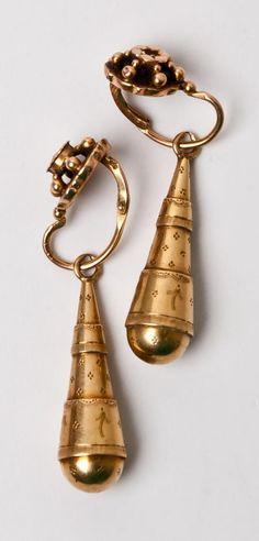Gold Ear Pendants Normandy.