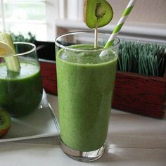 Go-To Green Juice - Fitnessmagazine.com  http://www.fitnessmagazine.com/recipes/drink/smoothie/green-smoothies/?page=8