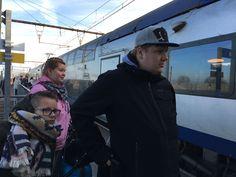 Noustaanpa junaan ja kohti Montparnassen asemaa.