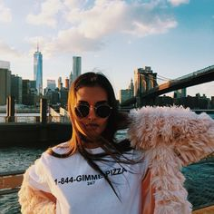 Read nyc fashion week from the story 审美 by AMOURGUK (laura) with 289 reads. Gizele Oliveira, Foto Fashion, Fashion Fashion, Fashion Ideas, Womens Fashion, Foto Pose, Concrete Jungle, Black N White, City Girl