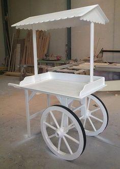 Candy bar for xv years Vendor Cart, Farmers Market Display, Sweet Carts, Craft Booth Displays, Party Set, Deco Nature, Candy Cart, Flower Cart, Tea Cart