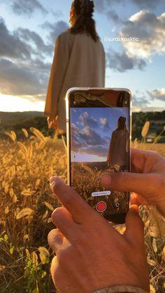 Photography Tips Iphone, Photography Basics, Photography Lessons, Photography Editing, Girl Photography, Video Photography, Cool Photography Ideas, Creative Instagram Photo Ideas, Instagram Photo Editing