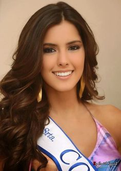 Miss Universe winner Paulina Vega (Miss Colombia).
