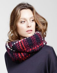 Tatran LulaHoop Pattern. Love using slipped stitches to make plaid knit fabric!!!