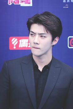 Sehun - 160409 16th Top Chinese Music Awards, red carpet Credit: PCYxOSH. (第十六届音乐风云榜年度盛典)