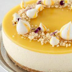 Aperol cheesecake - kagen til din næste fest Mango Mousse Cake, Mango Cheesecake, Mango Cake, Chocolate Cheesecake Recipes, Easy Cheesecake Recipes, Easy Cake Recipes, Pumpkin Cheesecake, Dessert Recipes, Gelato Cake