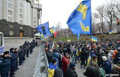 Presidente de Ucrania anuncia tregua con la oposición